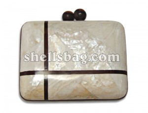 Kabebe Shell Clutch Bag